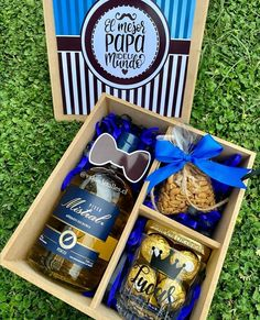 Fathers Day Gift Basket, Fathers Day Gifts, Candy Shop, Gift Baskets, Balloons, Packaging, Moana, Erika, Birthday
