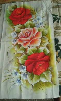 Acrylic Painting Flowers, One Stroke Painting, Acrylic Art, Fabric Painting, Beautiful Flowers Wallpapers, Beautiful Roses, Fabric Paint Designs, Elizabeth Craft, Flower Wallpaper