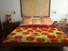 Pizza bedding