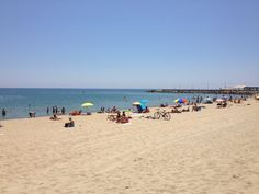 Platja de la Nova Mar Bella en Barcelona, Cataluña