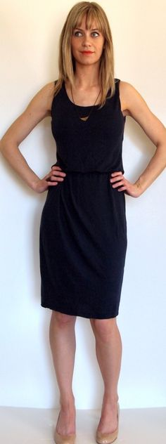 Navy Knit Dress Made Using McCall's Patterns M6319 (Makes The Things)