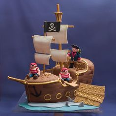 Pirate Ship Cake For More Amazing Cakes Visit Www Studiocake Com All picture 28954 Pirate Birthday Cake, 4th Birthday Cakes, Happy Birthday, Pirate Ship Cakes, Sculpted Cakes, Novelty Cakes, Cakes For Boys, Creative Cakes, Creative Things