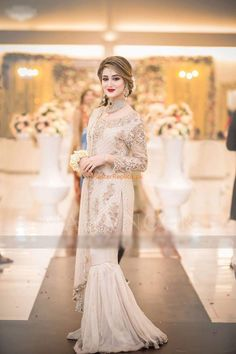 ALIZA WAQARLight Party Wear And Formal Wear at Retail and whole sale prices at Pakistan's Biggest Replica Online Store Asian Wedding Dress Pakistani, Pakistani Fashion Party Wear, Pakistani Formal Dresses, Pakistani Dress Design, Pakistani Outfits, Indian Fashion, Pakistani Clothing, Indian Clothes, Hijab Fashion