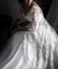 Mariage Haute Couture .... Beautiful dress ... rebrode' lace !
