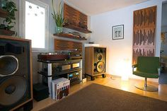 Now that's a proper vinyl listening room. Thanks petkef for sharing. …