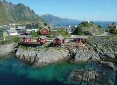 Iles Lofoten Lofoten, Places To Travel, Places To See, Travel Destinations, Norway Viking, Beautiful Norway, Paradise Travel, Scandinavian Countries, Hotels
