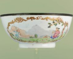 A very rare Chine de Commande Chinese porcelain bowl. The scen depicted on this bowl is unknown in the literature. If anybody has any ideas on the origin of the decoration that would be great! Quest for history!  #antique #antiqueauction #antiquecollection #antiqueing #forsale #antiques #Chinedecommande #mythological #Chineseculture #encredechine #Chineseart #qingdynasty #chineseporcelain #ChinesePottery #Oriental #bowl #teacaddies #teastuff #onetofollow #selling #chinaaddict #chine..