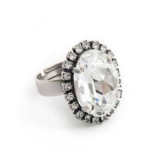 Koop deze fonkelende ring met helder Swarovski Elements kristal bij Aurora Patina, de leukste sieraden webshop van Nederland!