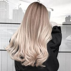 Lange Haare Ideen Home Equity Loans - How To Eliminate Debts With A No Equity Loan With a good Hair Inspo, Hair Inspiration, Silky Smooth Hair, Blonde Hair Looks, Blonde Balayage, Ashy Blonde, Hair Day, Gorgeous Hair, Dyed Hair