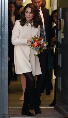 The Duchess of Cambridge was scheduled to kick off a busy autumn programme on 4 September with a visit to Hornsey Road Children's Centre. Ph...
