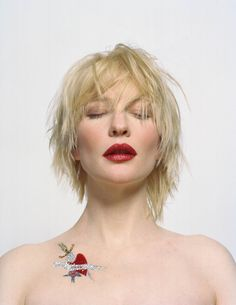 Cate Blanchett - killing it in ruby lipstick. Blondes- take note!