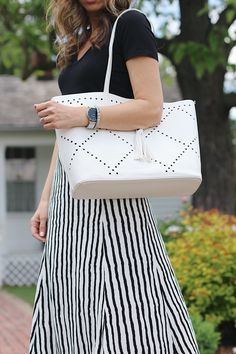 black and white // summer skirts ~ Lilly Style Teacher Outfits, Teacher Clothes, Have A Lovely Weekend, Black And White Tops, Summer Skirts, V Neck Tee, Style Inspiration, Fashion Outfits, My Style