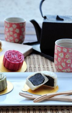 Mooncakes from scratch: Rice flour skin, flavoured with coconut milk, matcha or pomegranate. Black sesame paste filling, and Sweetened Red Bean Paste Filling