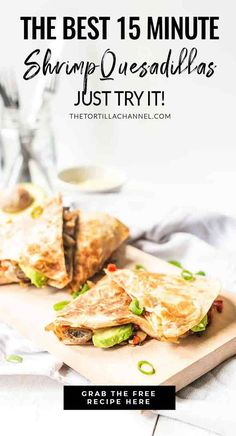 These Avocado Shrimp Quesadillas Are The Best – The Tortilla Channel Looking for a delicious quesadilla recipe? Take a look Quesadillas, Fish Quesadilla, Quesadilla Recipes, Mexican Dinner Recipes, Mexican Dishes, Easy Dinner Recipes, Shrimp Avocado, Baked Shrimp, Tortilla