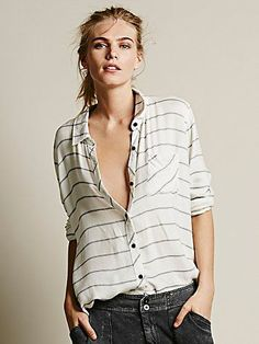 striped lightweight buttondown http://rstyle.me/n/qxaidr9te