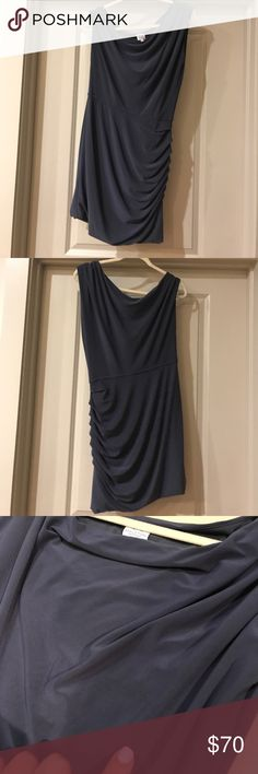 Halston Heritage Gray Dress (on or off shoulder) 8 Halston Heritage Gray Dress (on or off shoulder) 8 - Small Snag, Pictured, Not As Noticeable In Person Halston Heritage Dresses