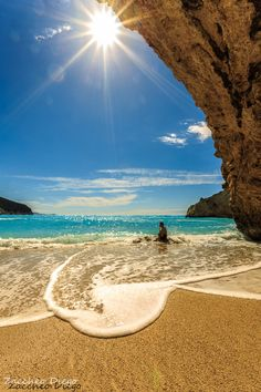 Nadire Atas on Sand , Strand and Meer Porto Katsiki, Lefkada, Greece Dream Vacations, Vacation Spots, Places To Travel, Places To See, Time Travel, Places Around The World, Around The Worlds, Greece Islands, Photos Voyages