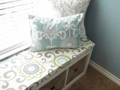 Chaos In My Casa: DIY Window Bench--Love the clean look and the storage!  Turn any window into a window seat with this detailed tutorial.  #DIY#window#seat#storage