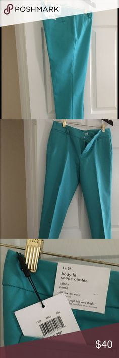 Awesome Calvin Klein Pants ☀️ Great turquoise summer pants! Trim fit down to ankle. Never worn! Calvin Klein Pants Ankle & Cropped