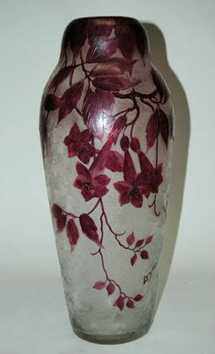 Found on EstateSales.NET: LeGras Cameo Glass Vase