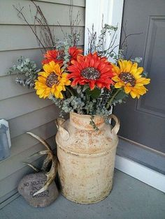 Antique Milk Can Planter Decoration 47 Rustic Farmhouse Porch Decorating Ideas to Show Off This Season