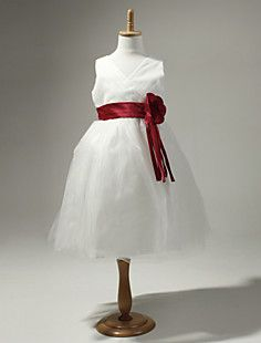Satin And Tulle Sleeveless Flower Girl Dress With Flower – GBP £ 26.41