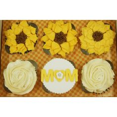 Buy Mother's Day Cupcakes in Singapore,Singapore. Mother's Day - A day of appreciation for all the maternal women in our lives. This Mother's Day, gift your mother with something as sweet as she is! Spoil your Chat to Buy Mothers Day Cupcakes, Cupcake Gift, Custom Cupcakes, Spoil Yourself, Flower Cupcakes, Edible Flowers, Gift Boxes, Tango, Appreciation