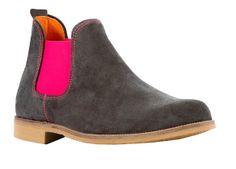 #Bota #Safari en #color #GRIS en #piel con #elastico #chaussures #boots #schuhe #pisamierdas #carapijos #desierto #desertboots