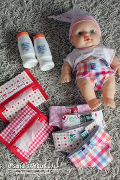 Baby Born Paula & # s House: For little doll moms … Baby Sewing Projects, Diy Projects For Kids, Diy For Kids, Hand Quilting Patterns, Quilting Designs, Doll Patterns, Child Doll, Baby Dolls, Baby Born Clothes