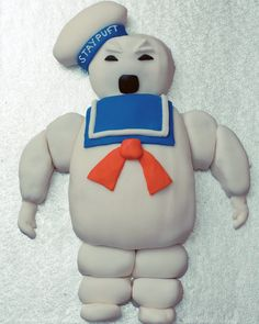 The Ghostbusters Stay Puft Marshmallow Man Cake   Walyou