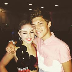 "Chloe Lukasiak en Instagram: ""Look who came to support me at my nationals :) """