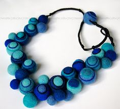 Good Ideas For You offers daily do it your self articles, hacks you can do at home, tips and tricks, recipes and a lot more. Textile Jewelry, Fabric Jewelry, Beaded Jewelry, Unique Jewelry, Jewellery, Felt Necklace, Diy Necklace, Bijoux Diy, Felt Crafts