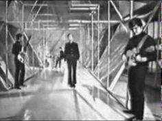 Billy J Kramer and the Dakotas - Bad To Me (1963) Lennon-McCartney song. http://www.thefest.com/fest/Current/NewYork/ny.php