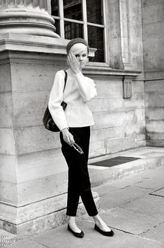 Classic black and white. The short trousers and ballerina flats Audrey Hepburn favoured.