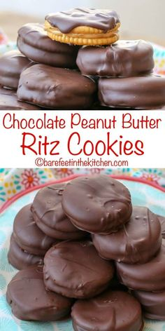 Chocolate PB Sandwich Cookies are the no-bake treat of your dreams! get the reci… - Baking Indian Desserts, Köstliche Desserts, Delicious Desserts, Dessert Recipes, Sweet Desserts, Plated Desserts, Holiday Baking, Christmas Baking, Christmas Cookies