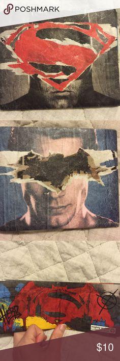 Batman vs. Superman Wallet Lootcrate Exclusive New Batman vs. Superman Wallet Lootcrate Exclusive New. Mighty Wallet crafted of Tyvec. Lootcrate Exclusive Bags Wallets