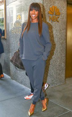 The-ever-stunning-Kelly-Rowland-worked-a-glam-fit-at-NBC-Studios-in-New-York. - The-ever-stunning-Kelly-Rowland-worked-a-glam-fit-at-NBC-Studios-in-New-York. Heels Outfits, Casual Outfits, Cute Outfits, Fashion Outfits, Kelly Rowland Style, Street Chic, Street Style, Stella Mccartney, Jogging
