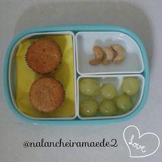 Lanche: bolinho de amendoim+castanhade caju+uvas