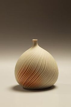 Matsui Kôsei  1927 - 2003  Small marbleized (neriage) clay vase with hidasuki (red fire-cord marking), 1965 Marbleized stoneware