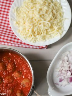 Classic Italian meatball subs- Ideal for a quick meal to use up some marinara sauce or leftover meatballsItalian food ideas easy recipes for quick dinners Meatball Sauce, Italian Night, Provolone Cheese, Spaghetti Sauce, Marinara Sauce, Chana Masala, Quick Easy Meals, Cooking, Ethnic Recipes