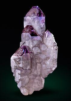 Quartz var.Amethyst Scepter - Mörchnerkar, Zemmgrund, Zillertal, Tirol, Austria Size: 11.7 x 6.3 x 4.7 cm