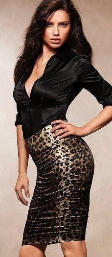 Leopard skirt !
