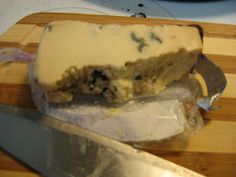 "My Cheese Log: Roth Kase Smoked Blue Cheese ""Moody Blue"""