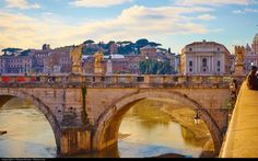 Discover Rome, one of the best destinations in Europe for a romantic city break! Best tours and activities in Rome, Best hotels in Rome, Best things to do in Rome. Visit Rome, Visit Italy, Best Pizza In Rome, Rome Itinerary, Italy Vacation, Italy Trip, European Vacation, Rome Italy, Italy Travel
