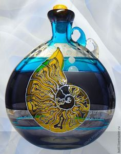 Hand painted bottle by Olga Rodionova Painted Wine Bottles, Hand Painted Wine Glasses, Stained Glass Paint, Stained Glass Panels, Bottle Vase, Glass Bottles, Glass Ceramic, Ceramic Art, My Glass