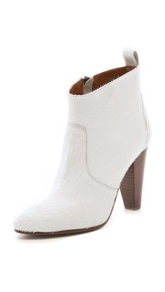 #Madewell Old Town Haircalf Booties  Nothing like a white bootie to pop!