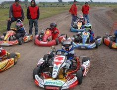 Este fin de semana se inicia el campeonato 2016. Prometen más de 100 karts en pista.
