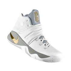 02645a7f2f8 Traveling thousands of miles the feet are still easy. Basketball Shoes  Womens