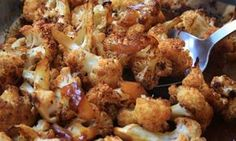 Sweet and spicy roasted cauliflower - This roasted cauliflower recipe gets a bit of a kick from chili powder that's tamed by the tangy sweetness of the molasses. Spicy Roasted Cauliflower, Cauliflower Recipes, Vegetable Appetizers, Vegetable Side Dishes, Side Recipes, Vegetable Recipes, Easy Recipes, Molasses Recipes, New Years Appetizers
