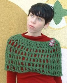 September Free Pattern–Teensey Capelet! | Vickie Howell